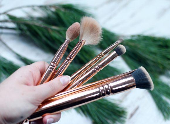 10 Geschenkideen die einen Make-Up Lover glücklich machen