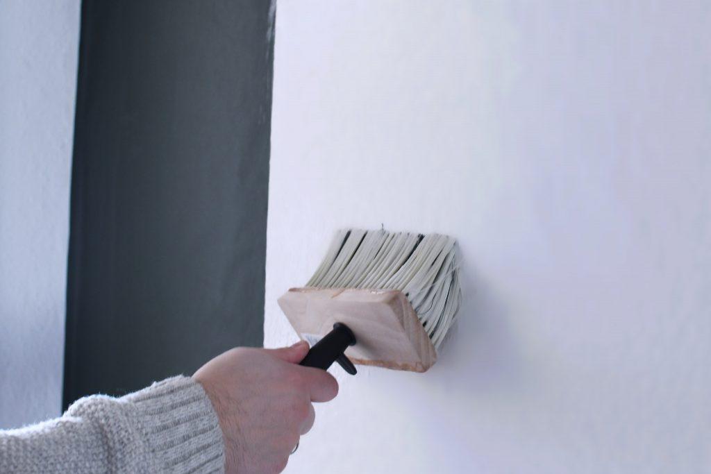 tapezieren leichtgemacht 10 kleine tipps f r ein ergebnis. Black Bedroom Furniture Sets. Home Design Ideas